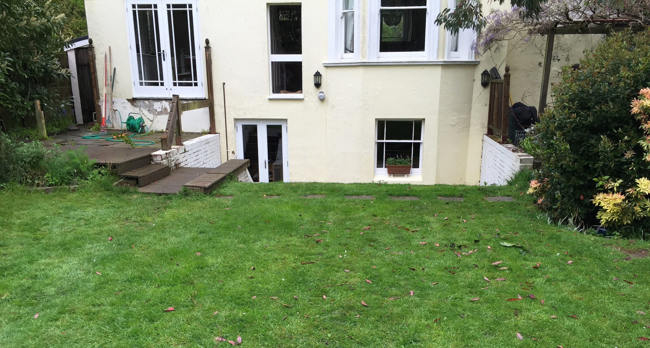 Tunbridge Wells garden before work commenced